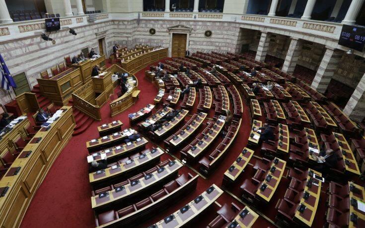 Δύο κρούσματα κορονοϊού εντοπίστηκαν στη Βουλή των Ελλήνων
