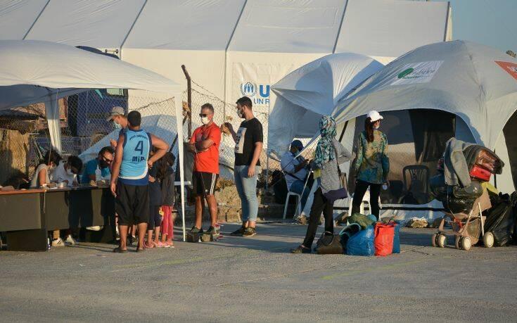 Αλλάζει ο τρόπος πρόσβασης των αιτούντων άσυλο στο κοινωνικό κράτος