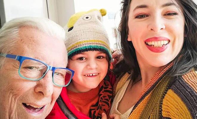 Φοίβος Βουτσάς: Η υπέροχη ΦΩΤΟ του πάνω σε πόνυ – Δείτε πόσο έχει μεγαλώσει