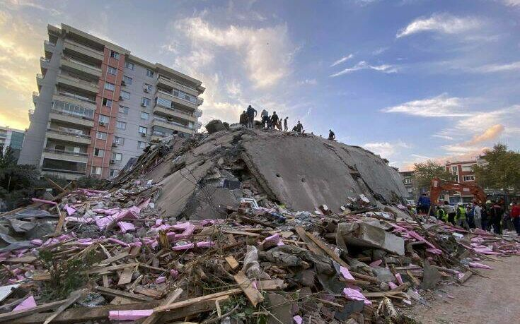 Φονικός σεισμός στη Σμύρνη: Τουλάχιστον 20 οι νεκροί και 786 οι τραυματίες