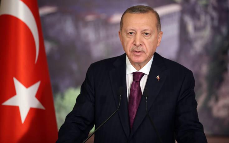 Ερντογάν για Ναγκόρνο Καραμπάχ: Είναι απαράδεκτο ΗΠΑ, Ρωσία και Γαλλία να εμπλέκονται στην προσπάθεια για την κατάπαυση του πυρός