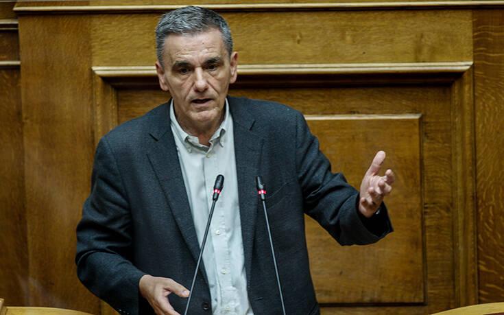 Τσακαλώτος: Η κυβέρνηση ακολουθεί ξεκάθαρα μνημονιακή ατζέντα σε όλα τα θέματα