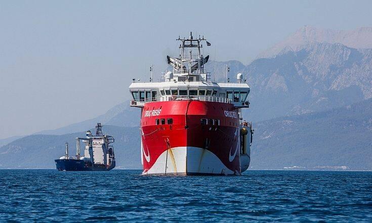 Το θρίλερ με την πορεία του Oruc Reis που κινείται στα όρια της παράνομης τουρκικής naftex