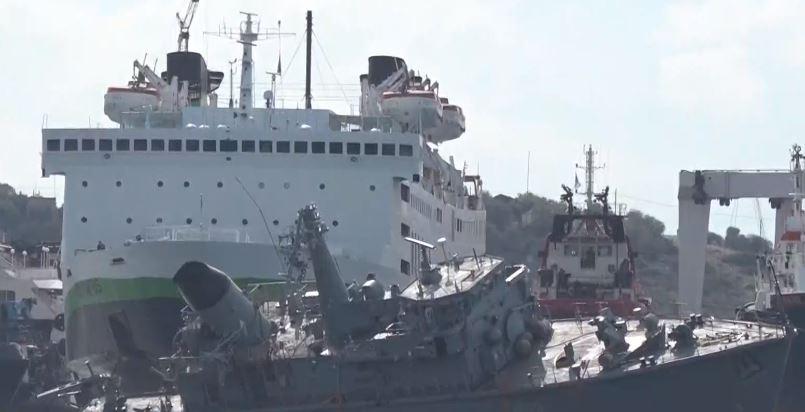 """Συνελήφθη ο πλοίαρχος του container ship που εμβόλισε το """"Καλλιστώ"""""""