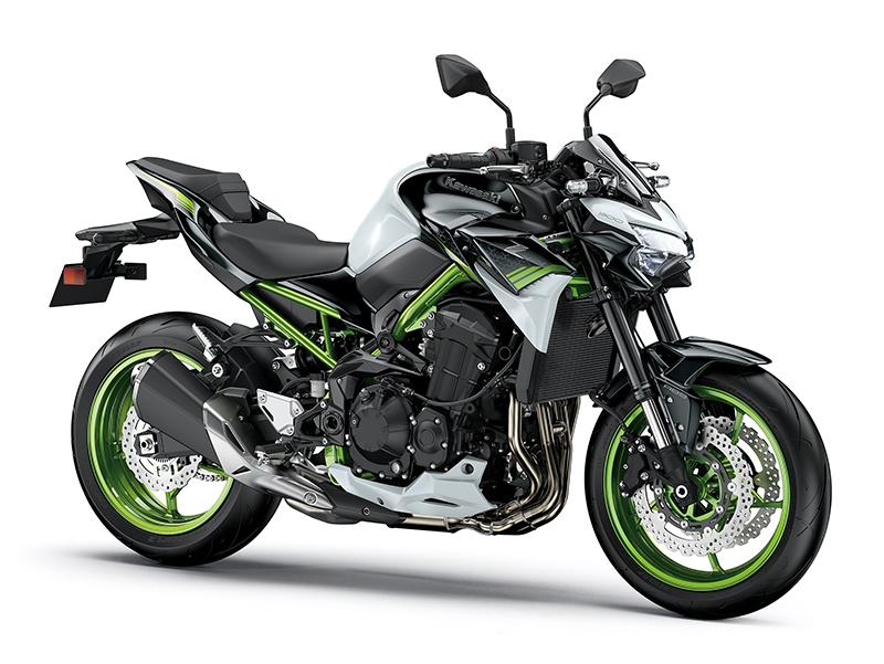 Kawasaki Z900: κυριαρχεί στα «γuμνά» και το 2021!