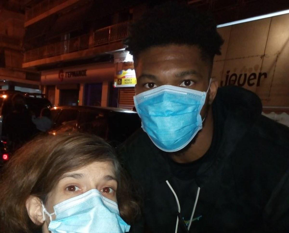 Σημαντική κίνηση ανθρωπιάς από τον Γιάννη Αντετοκούνμπο: Μοίρασε τρόφιμα στα Σεπόλια μακριά από τις κάμερες