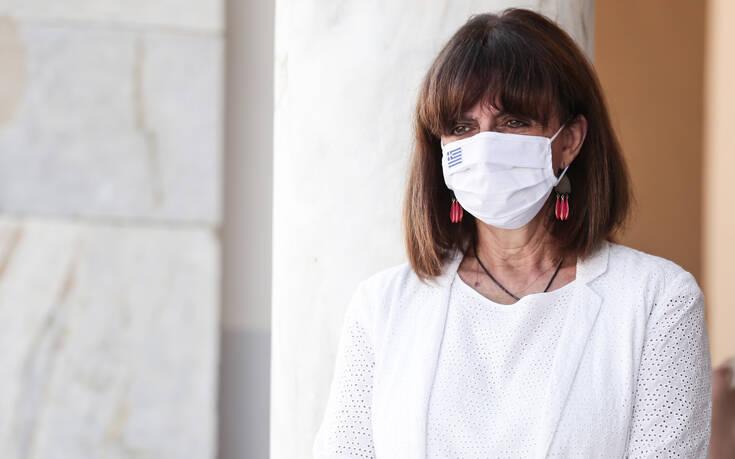 Επικοινωνία της Κατερίνας Σακελλαροπούλου με τον διευθύνοντα σύμβουλο της Pfizer