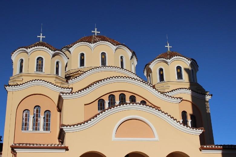 Lockdown-Εκκλησία: Τι ισχύει για γάμους, βαπτίσεις, κηδείες και λειτουργίες