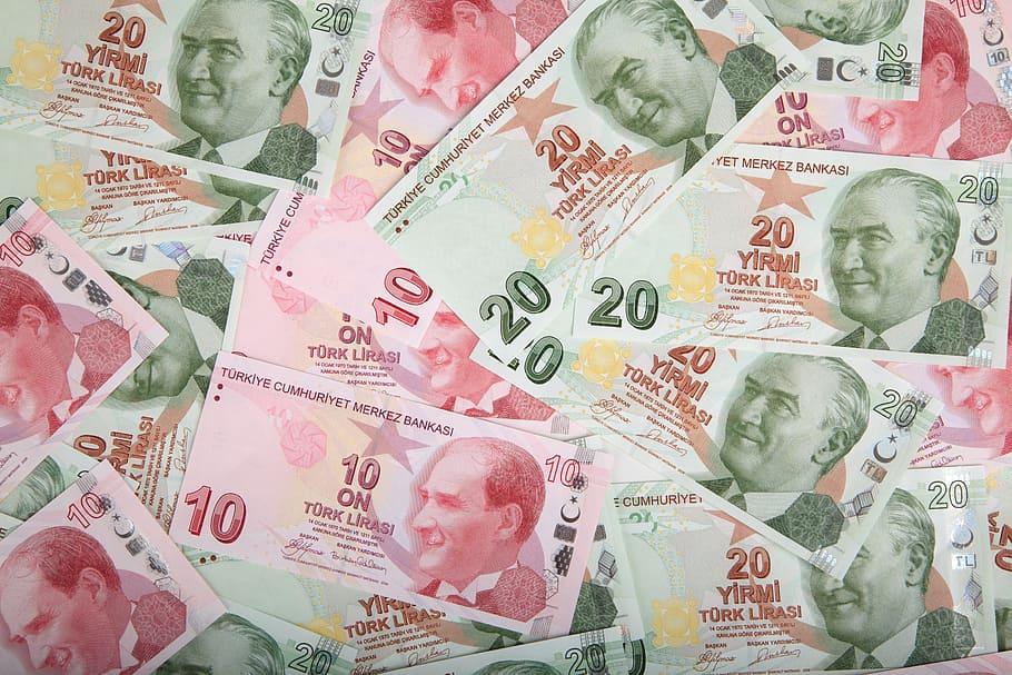 Τουρκία: Σε νέο ιστορικό χαμηλό υποχώρησε η λίρα
