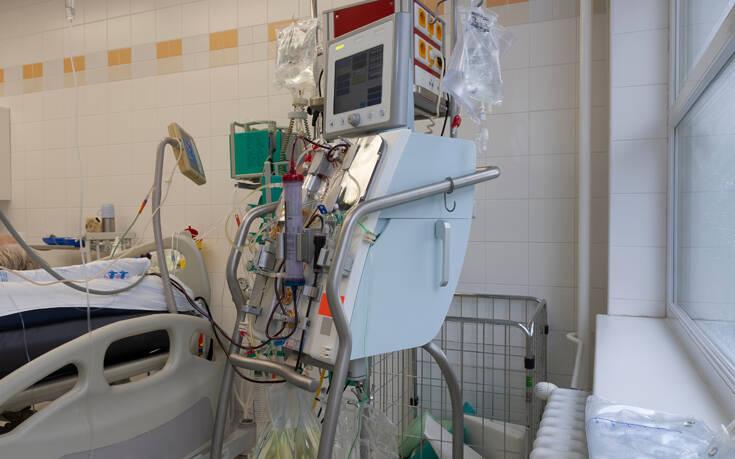 Νοσοκομείο για αιμοκαθαιρόμενους με κορονοϊό ζητούν οι νεφροπαθείς στη Θεσσαλονίκη