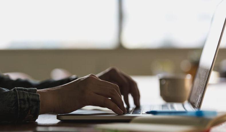 Πιστοποιητικό εγγυτέρων συγγενών: Διαθέσιμο στο gov.gr με ένα κλικ
