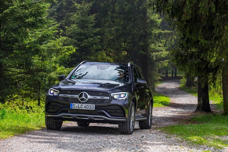 Νέα Mercedes-Benz GLC 300de 4MATIC- Άλματα στην υβριδική τεχνολογία