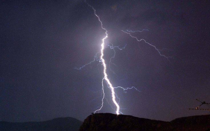 Έκτακτο δελτίο καιρού: Έρχονται ισχυρές βροχές και καταιγίδες σχεδόν σε όλη τη χώρα
