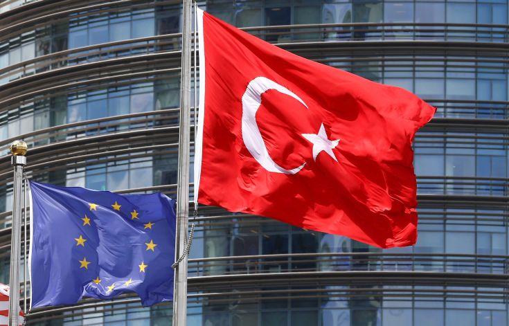 Μεμονωμένες κυρώσεις στην Τουρκία – Αναβάλλονται σκληρότερα μέτρα: Τι αναφέρει το προσχέδιο του κειμένου συμπερασμάτων