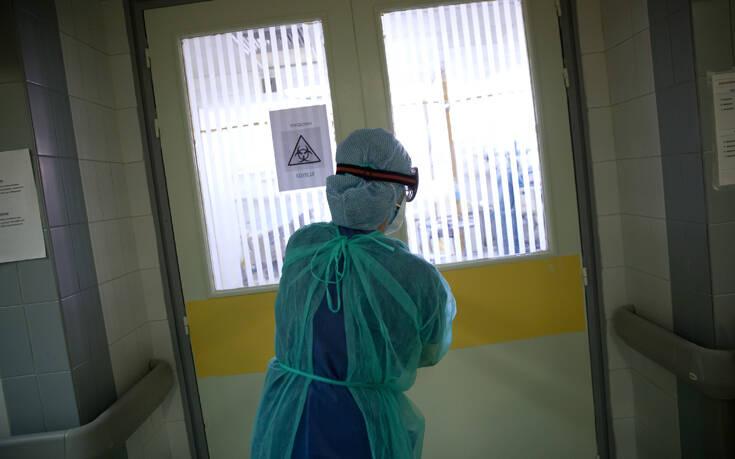 Γιατί κανένας από τους 21 βουλευτές – γιατρούς δεν μπορεί να προσφέρει εθελοντικά τις υπηρεσίες του στη μάχη κατά του κορονοϊού