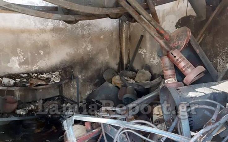 Φωτιά στα Καλύβια Λαμίας: Φρικτός θάνατος για δέκα κυνηγόσκυλα