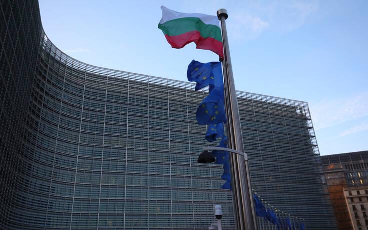 Εναρμόνιση των μέτρων και των ταξιδιωτικών περιορισμών εισηγείται ο μηχανισμός διαχείρισης κρίσεων της ΕΕ
