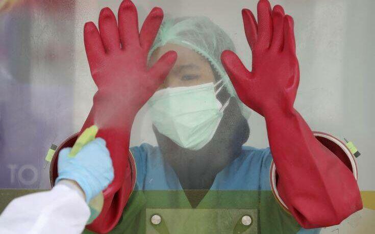 Ακόμη 39 γιατροί μεταξύ των θυμάτων του κορονοϊού στην Ινδονησία