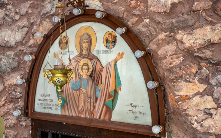 Παναγία Έλωνας: Η επιβλητική μονή στον πορφυρό βράχο