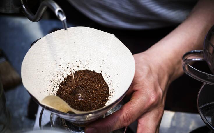 Το απόλυτο τρικ για να γίνει πιο εύγευστος ο καφές φίλτρου