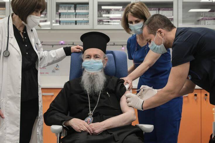 Μητροπολίτης Ιερόθεος: Λέω σε όλους να προχωρήσουν στον εμβολιασμό άφοβα