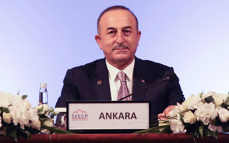 Ρίχνει τους τόνους η Τουρκία στην αντιπαράθεση με τη Γαλλία: «Είμαστε έτοιμοι για εξομάλυνση των σχέσεων»