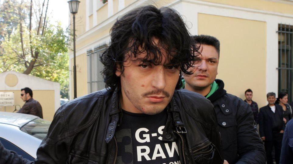 Λαμία: Συνελήφθη καταζητούμενος για ανθρωποκτονία – Συνεπιβάτης του ο Αλκέτ Ριζάι