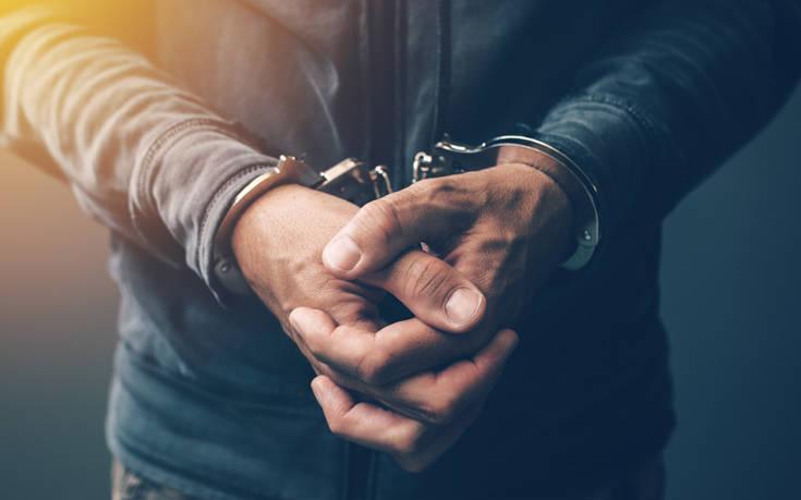 Λαμία: Συνελήφθησαν παραμονή Πρωτοχρονιάς δύο κοσμηματοπώλες για κλεμμένα κοσμήματα