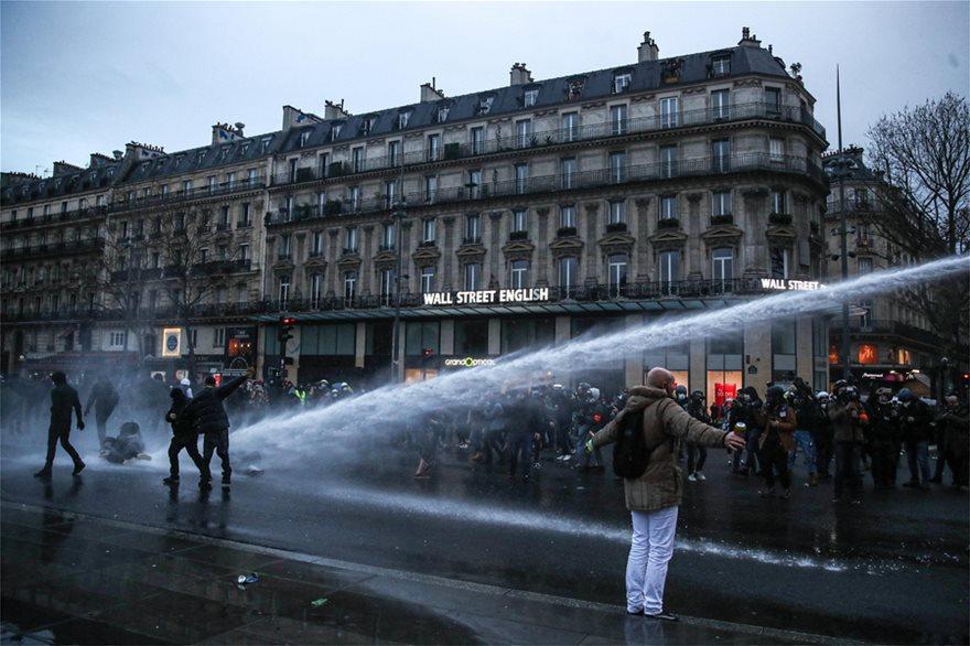 Γαλλία: Κινητοποιήσεις κατά του νόμου για την ασφάλεια