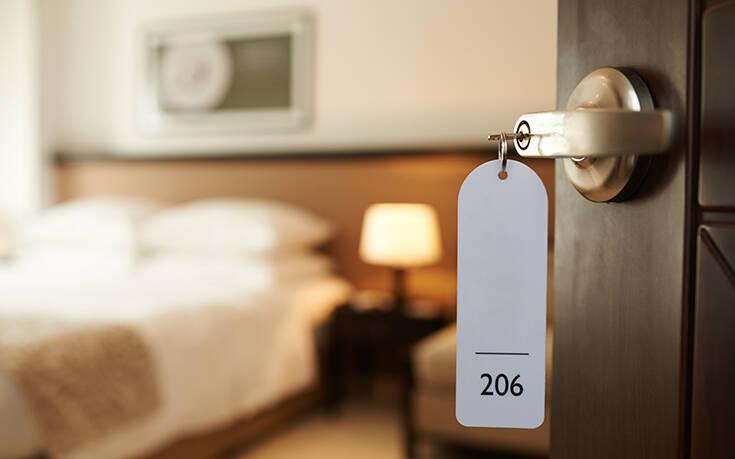 Θρίλερ στη Θεσσαλονίκη: 43χρονος βρέθηκε νεκρός σε δωμάτιο ξενοδοχείου