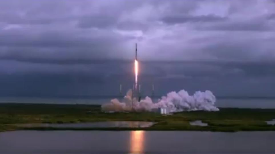 SpaceX: Νέο παγκόσμιο ρεκόρ ταυτόχρονης εκτόξευσης 143 δορυφόρων