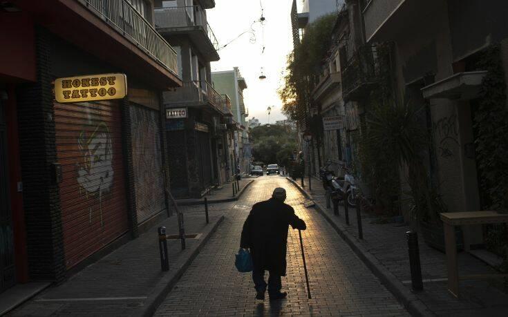 Κορονοϊός στην Ελλάδα: Παραμένει η ανησυχία με αύξηση των ημερησίων κρουσμάτων