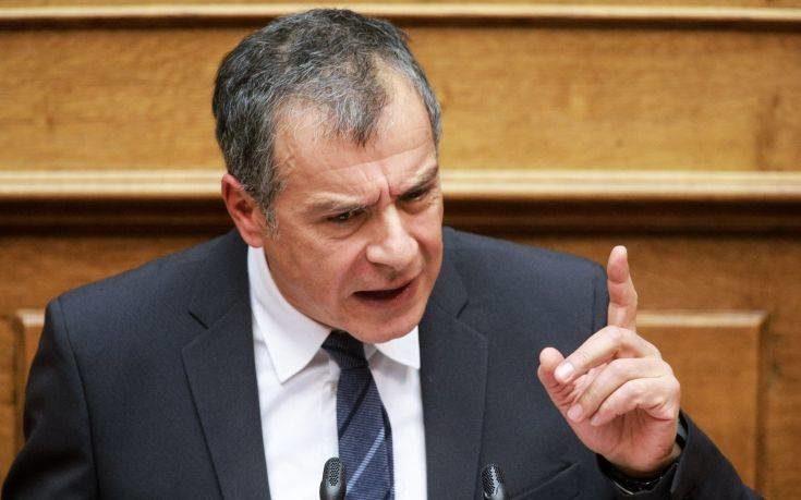 Κάθετα αντίθετος με την αύξηση της στρατιωτικής θητείας ο Σταύρος Θεοδωράκης
