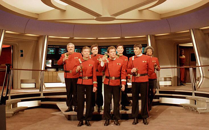Τι σημαίνουν τα διαφορετικά χρώματα στις στολές των πρωταγωνιστών του Star Trek