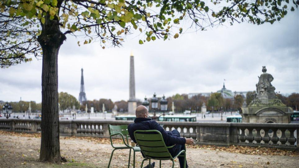 Γαλλία: Η οικονομία κατέγραψε «βουτιά» 8,2% το 2020