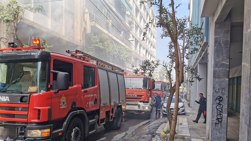 Θεσσαλονίκη: Φωτιά στην αποθήκη του αδερφού του έβαλε ένας 43χρονος – Οδηγήθηκε στο αυτόφωρο