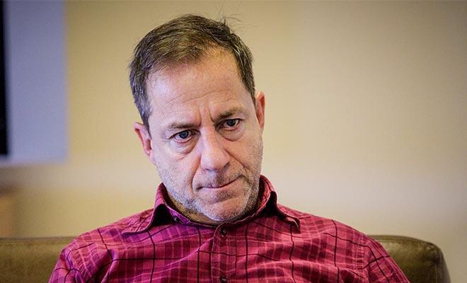 Δημήτρης Λιγνάδης: Τι απαντά ο δικηγόρος για την παρουσία του σκηνοθέτη στη ΓΑΔΑ