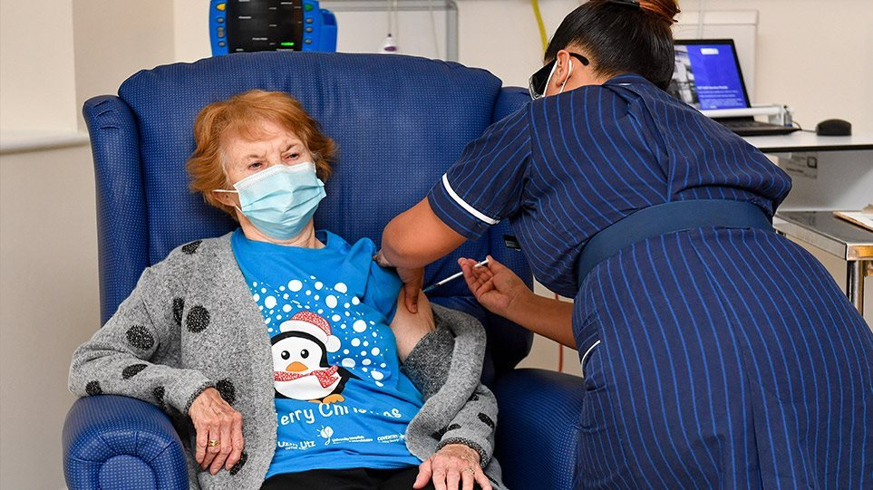 Βρετανία: Πάνω από 12 εκατομμύρια εμβολιάστηκαν