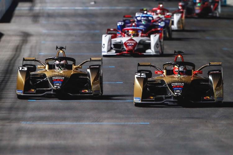 Το 1ο βαθρο της χρονιάς για την DS Automobiles και τον πρωταθλητή Antonio Felix da Costa στον 1ο αγώνα της νέας σεζον!