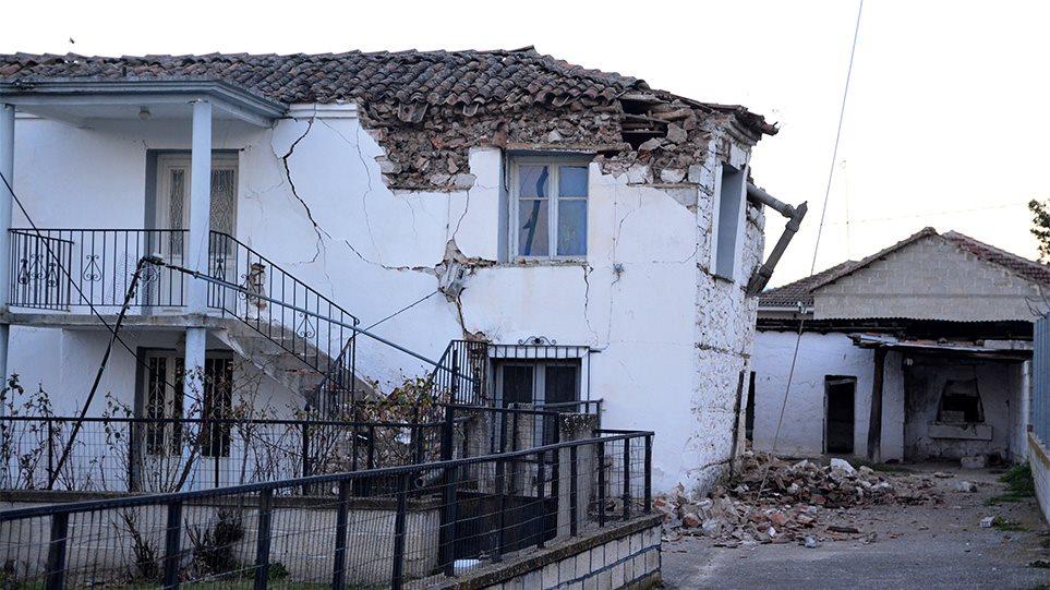Σεισμός στην Ελασσόνα: Σε κατάσταση έκτακτης ανάγκης ο Δήμος Τυρνάβου και ο Δήμος Φαρκαδόνας