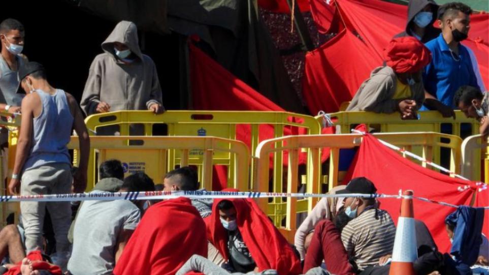 Ισπανία: Πάνω από 100 μετανάστες διασώθηκαν στα ανοικτά των Καναρίων νήσων