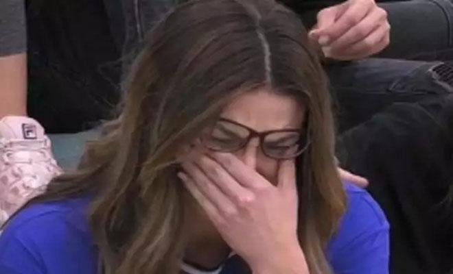 Ξέσπασε σε κλάματα στο House of Fame – «Γελούσαν μαζί μας, είναι ανεπίτρεπτο»