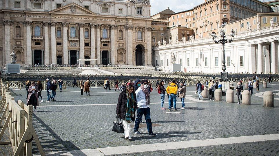 Κορωνοϊός – Ιταλία: 339 θάνατοι και 22.865 κρούσματα σε ένα 24ωρο