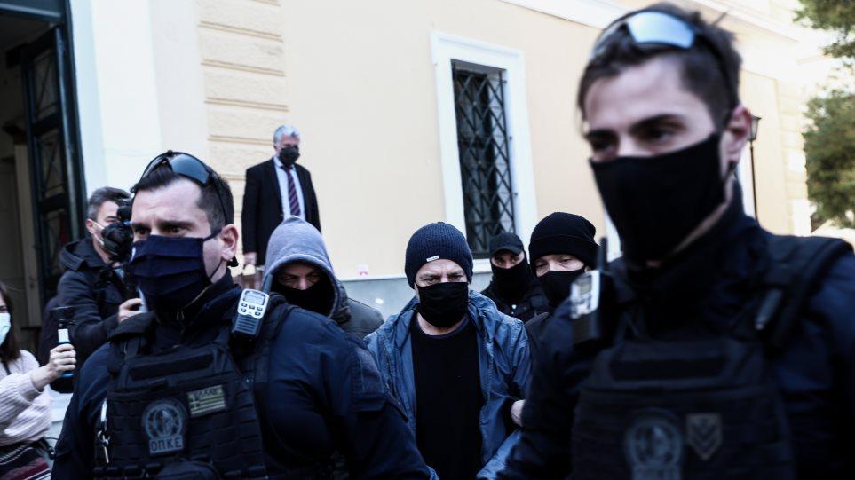 Δημήτρης Λιγνάδης: Ραγδαίες εξελίξεις με νέες καταγγελίες και έρευνα στο σπίτι του