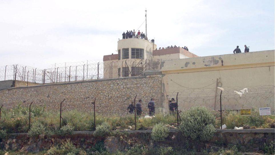 Αιματηρή συμπλοκή στις φυλακές Νέας Αλικαρνασσού