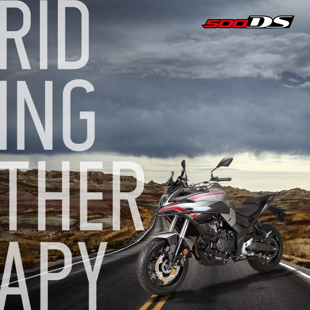 VOGE 500DS Ε5 Riding Therapy!