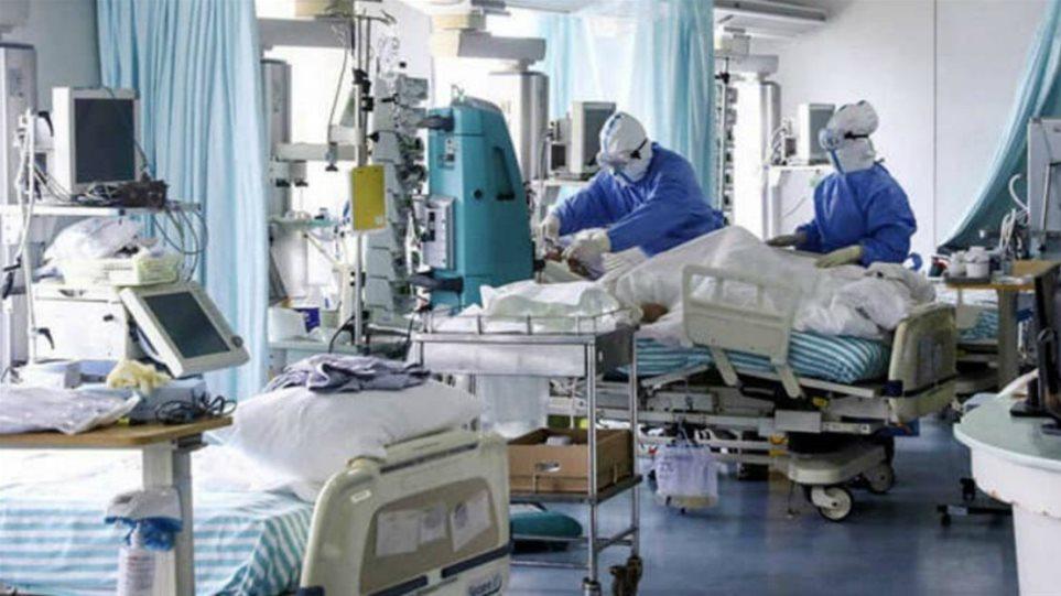 Κορωνοϊός: «Γονατίζουν» Αττική και Θεσσαλονίκη – 576 ασθενείς εισήχθησαν στα νοσοκομεία σε ένα 24ωρο