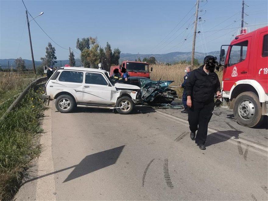 Τροχαίο ατύχημα στα Ψαχνά Ευβοίας: Πέντε τραυματίες ανάμεσά τους και ένα μωρό