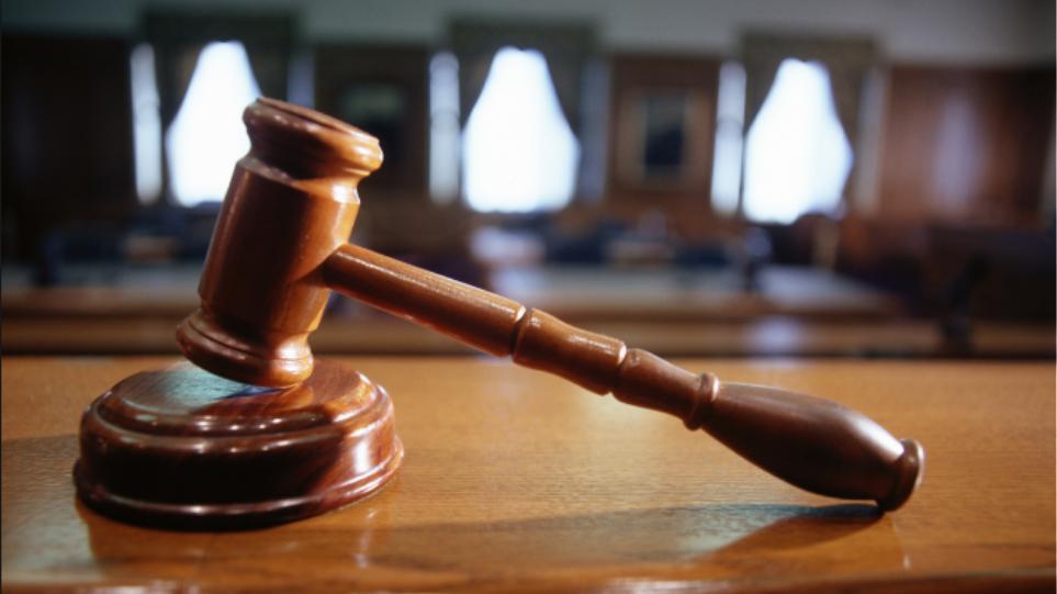 Επίθεση με καυστικό υγρό στην Κυψέλη: Ελεύθερος με όρους ο 25χρονος κατηγορούμενος