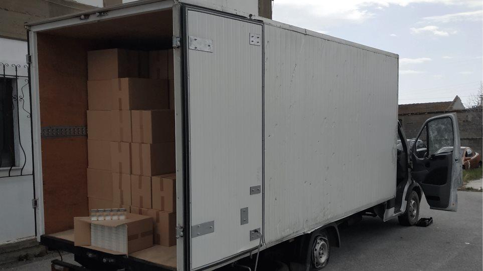 Σέρρες: Άρπαζαν φορτία με καπνικά είδη από φορτηγά διανομής